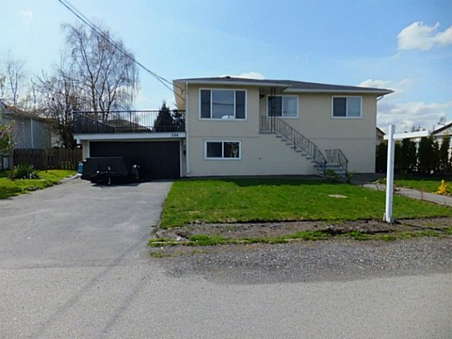 Main Photo: 334 fenton st in new westminster: Queensborough House for sale (New Westminster)  : MLS®# V1116371
