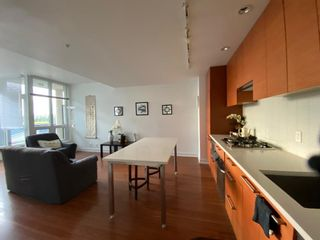 Photo 8: 647 222 Riverfront Avenue SW in Calgary: Eau Claire Apartment for sale : MLS®# A1144214
