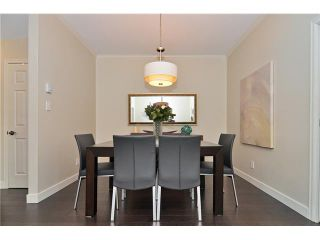 """Photo 7: 620 W 26TH Avenue in Vancouver: Cambie Townhouse for sale in """"Grace Estates"""" (Vancouver West)  : MLS®# V1069427"""