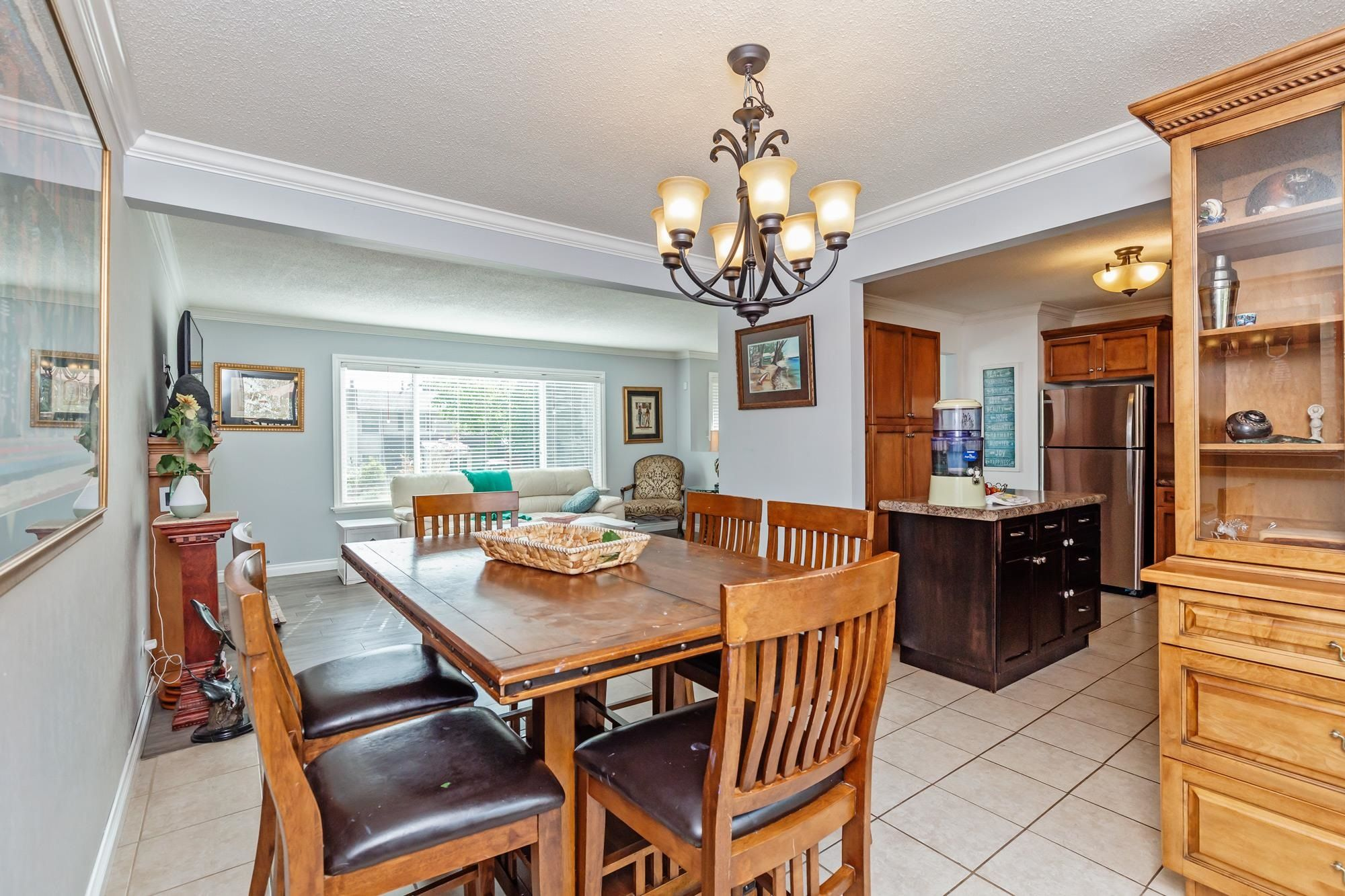 Photo 7: Photos: 32319 ATWATER Crescent in Abbotsford: Abbotsford West House for sale : MLS®# R2609136