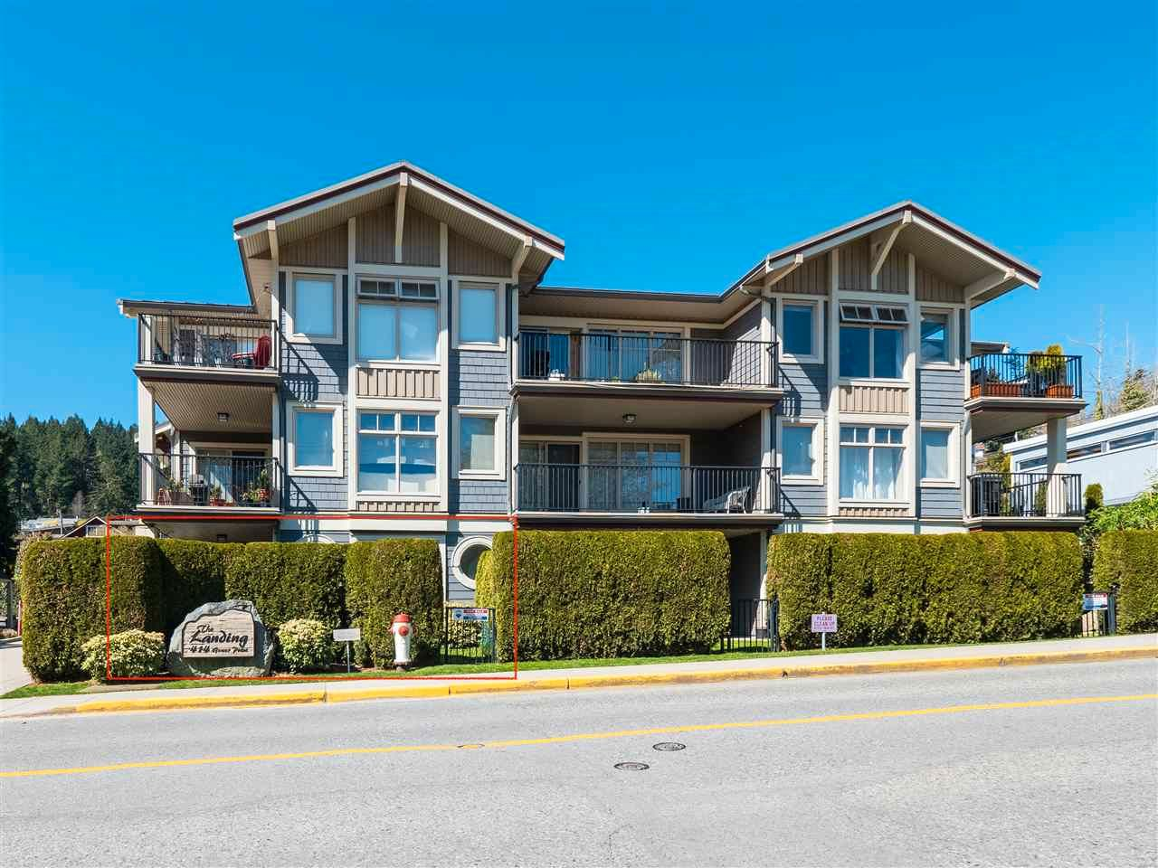 "Main Photo: 101 414 GOWER POINT Road in Gibsons: Gibsons & Area Condo for sale in ""THE LANDING"" (Sunshine Coast)  : MLS®# R2566979"