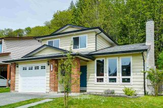 Photo 3: 1270 BLUFF Drive in Coquitlam: River Springs House for sale : MLS®# R2574773