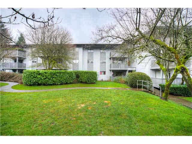 """Main Photo: 328 204 WESTHILL Place in Port Moody: College Park PM Condo for sale in """"WESTHILL PLACE"""" : MLS®# V1134690"""
