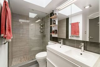 """Photo 12: 405 1435 NELSON Street in Vancouver: West End VW Condo for sale in """"The Westport"""" (Vancouver West)  : MLS®# R2392801"""