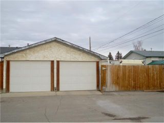 Photo 27: 4204 Dover View Drive SE in Calgary: Dover House for sale : MLS®# C4054174