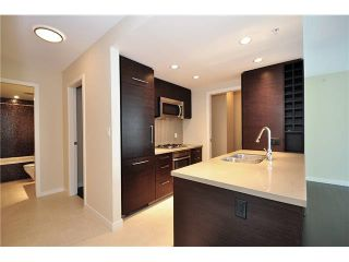 """Photo 3: 510 833 HOMER Street in Vancouver: Downtown VW Condo for sale in """"ATELIER"""" (Vancouver West)  : MLS®# V1133571"""
