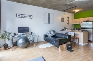 """Photo 7: 303 22 E CORDOVA Street in Vancouver: Downtown VE Condo for sale in """"Van Horne"""" (Vancouver East)  : MLS®# R2191464"""