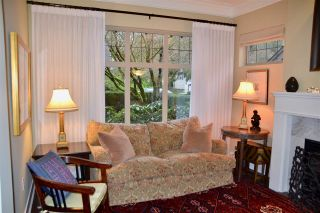"""Photo 4: 1973 W 33RD Avenue in Vancouver: Quilchena Townhouse for sale in """"MacLure Walk"""" (Vancouver West)  : MLS®# R2338091"""