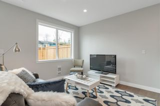 Photo 3: B 242 Petersen Rd in : CR Campbell River Central Row/Townhouse for sale (Campbell River)  : MLS®# 880293