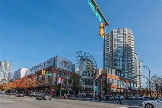Photo 15: 2702 63 Keefer Place in Vancouver: Downtown VW Condo for sale (Vancouver West)  : MLS®# r2441548
