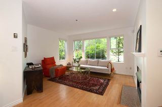 """Photo 2: 106 655 W 13TH Avenue in Vancouver: Fairview VW Condo for sale in """"TIFFANY MANSION"""" (Vancouver West)  : MLS®# R2465247"""