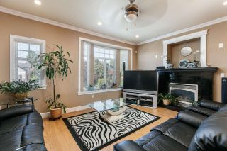 Photo 3: 746 E KING EDWARD Avenue in Vancouver: Fraser VE House for sale (Vancouver East)  : MLS®# R2061570