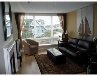 """Photo 4: 303 5800 ANDREWS Road in Richmond: Steveston South Condo for sale in """"THE VILLAS AT SOUTHCOVE"""" : MLS®# V737479"""