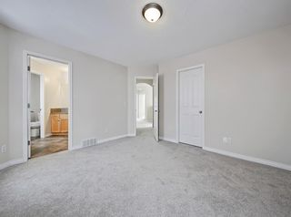 Photo 19: 36 Everglen Grove SW in Calgary: Evergreen Detached for sale : MLS®# A1045354