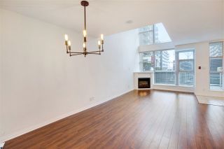 Photo 13: TH2 188 E ESPLANADE in North Vancouver: Lower Lonsdale Townhouse for sale : MLS®# R2525261