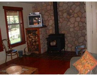 Photo 7: 127 CLARK RD in Gibsons: Gibsons & Area House for sale (Sunshine Coast)  : MLS®# V561909