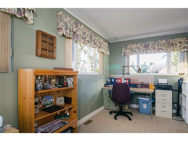 Photo 11: Photos: 756 BLYTHWOOD Drive in North Vancouver: Delbrook House for sale : MLS®# V1046211