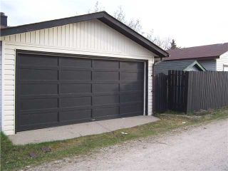 Photo 18: 561 SUMMERWOOD Place SE: Airdrie Residential Detached Single Family for sale : MLS®# C3522939
