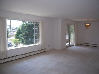 "Photo 3: 310 32145 OLD YALE Road in Abbotsford: Abbotsford West Condo for sale in ""Cypress Park"" : MLS®# F1400189"