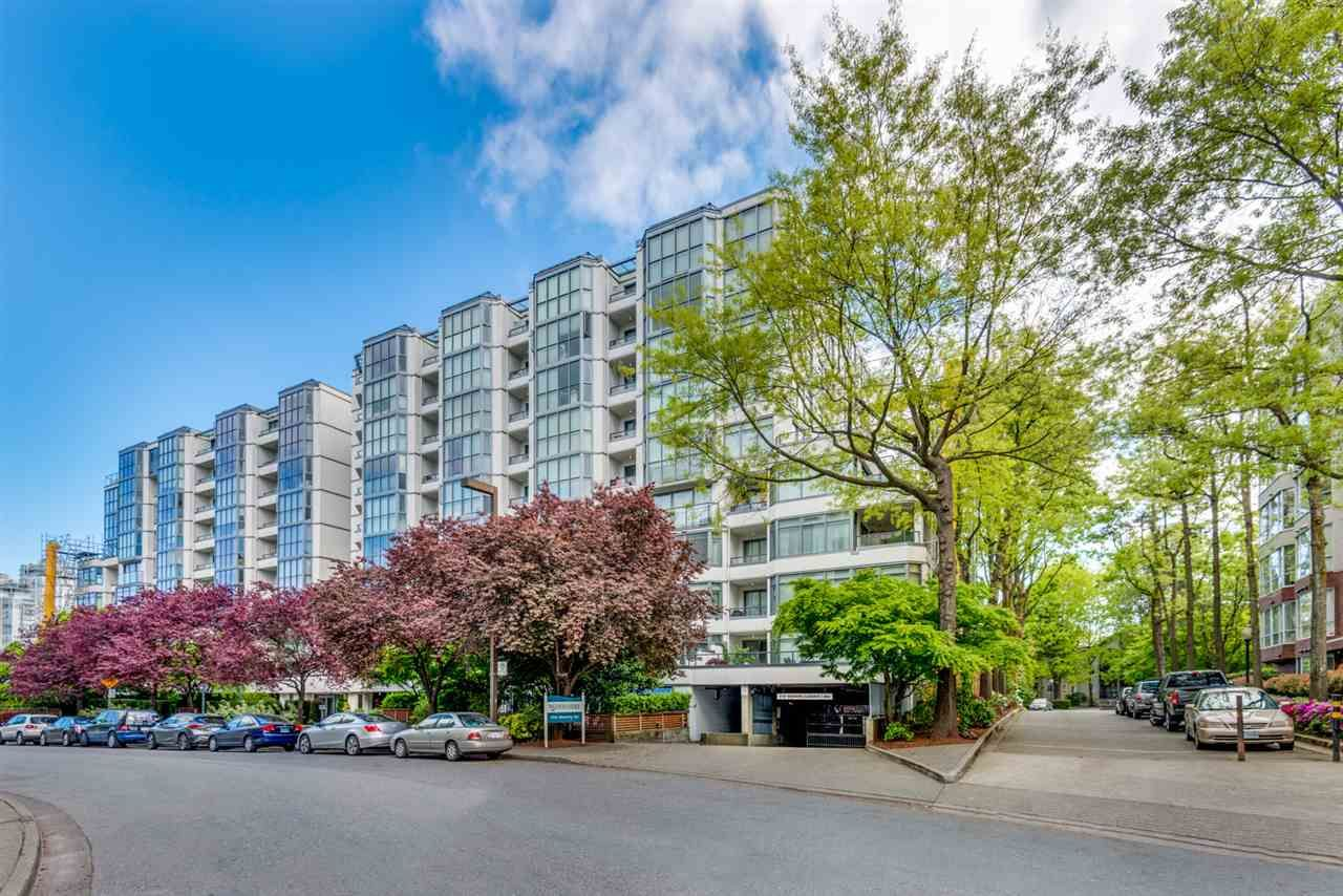 Main Photo: 304 456 MOBERLY ROAD in Vancouver: False Creek Condo for sale (Vancouver West)  : MLS®# R2527647