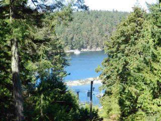 Photo 2: 10015 WESCAN ROAD in Halfmoon Bay: Halfmn Bay Secret Cv Redroofs House for sale (Sunshine Coast)  : MLS®# R2343392