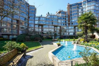 """Photo 1: 301 1470 PENNYFARTHING Drive in Vancouver: False Creek Condo for sale in """"Harbour Cove"""" (Vancouver West)  : MLS®# R2563951"""