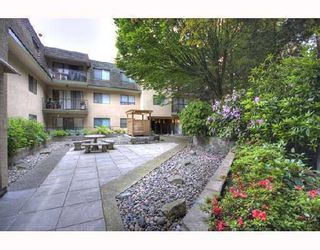 """Photo 1: 504 466 E EIGHTH Avenue in New_Westminster: Sapperton Condo for sale in """"PARK VILLA"""" (New Westminster)  : MLS®# V756199"""