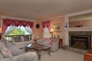 """Photo 5: 5160 RADCLIFFE Road in Sechelt: Sechelt District House for sale in """"SELMA PARK"""" (Sunshine Coast)  : MLS®# R2100427"""