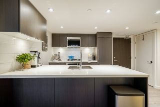 """Photo 7: 305 8238 LORD Street in Vancouver: Marpole Condo for sale in """"NORTHWEST"""" (Vancouver West)  : MLS®# R2531412"""