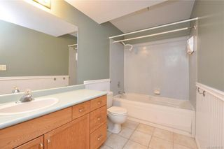 Photo 13: 2384 Fleetwood Crt in : La Florence Lake House for sale (Langford)  : MLS®# 860735