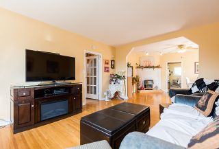 Photo 10: 557 E 56TH Avenue in Vancouver: South Vancouver House for sale (Vancouver East)  : MLS®# R2385991