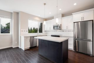 """Photo 2: 14 23986 104 Avenue in Maple Ridge: Albion Townhouse for sale in """"Spencer Brook Estates"""" : MLS®# R2621184"""