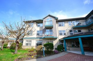 Photo 33: 103 1485 Garnet Rd in Saanich: SE Cedar Hill Condo for sale (Saanich East)  : MLS®# 839181