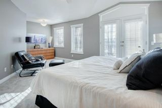 Photo 14: 2010 Broadview Road NW in Calgary: West Hillhurst Semi Detached for sale : MLS®# A1072577