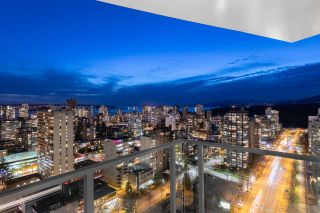 """Photo 14: 2501 620 CARDERO Street in Vancouver: Coal Harbour Condo for sale in """"Cardero"""" (Vancouver West)  : MLS®# R2565115"""