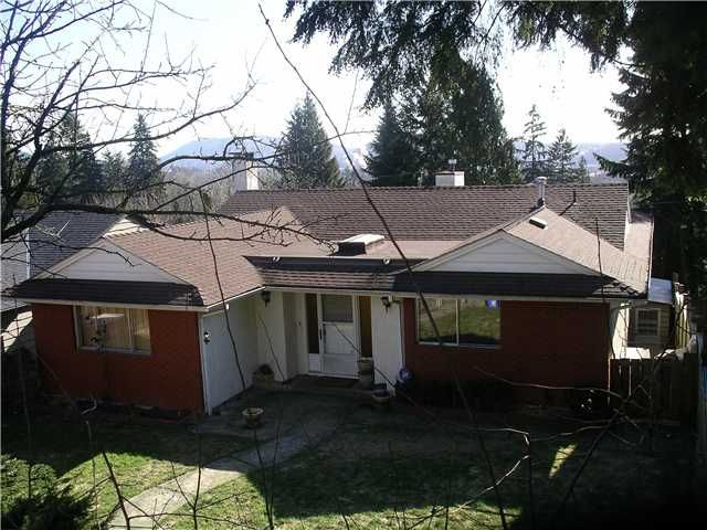 """Main Photo: 1235 ADDERLEY Street in North Vancouver: Calverhall House for sale in """"S"""" : MLS®# V873458"""