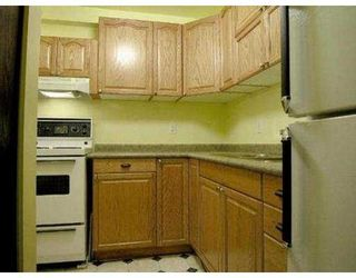 """Photo 3: 102 436 7TH ST in New Westminster: Uptown NW Condo for sale in """"Regency Court"""" : MLS®# V564005"""
