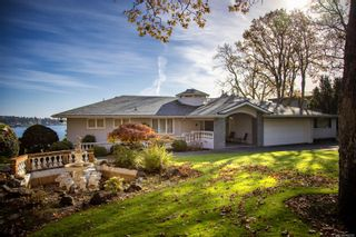 Photo 32: 3565 Beach Dr in Oak Bay: OB Uplands House for sale : MLS®# 865583