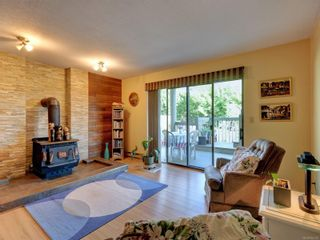 Photo 17: 4113 Mariposa Hts in : SW Strawberry Vale House for sale (Saanich West)  : MLS®# 854101