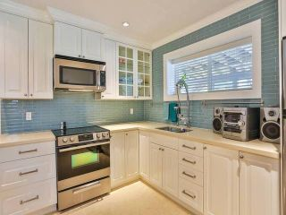 """Photo 11: 7959 WOODHURST Drive in Burnaby: Forest Hills BN House for sale in """"FOREST HILL"""" (Burnaby North)  : MLS®# V1133720"""