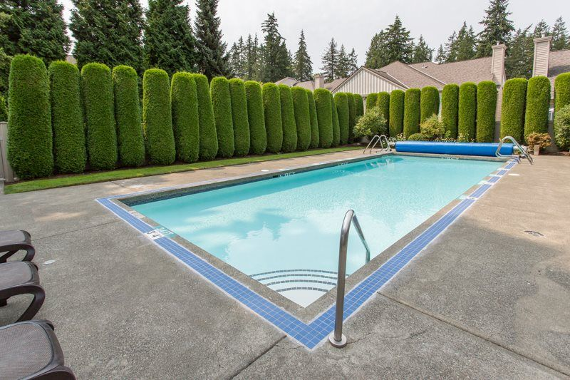 """Photo 16: Photos: 83 2533 152 Street in Surrey: Sunnyside Park Surrey Townhouse for sale in """"Bishop's Green"""" (South Surrey White Rock)  : MLS®# R2354943"""