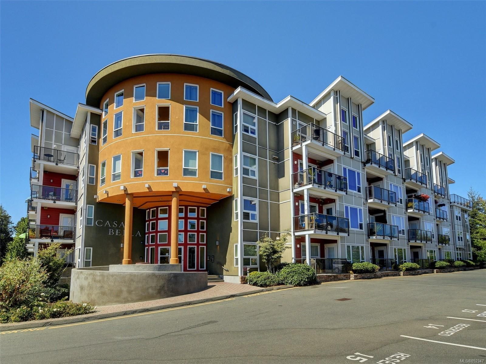 Main Photo: 217 866 Brock Ave in : La Langford Proper Condo for sale (Langford)  : MLS®# 852347