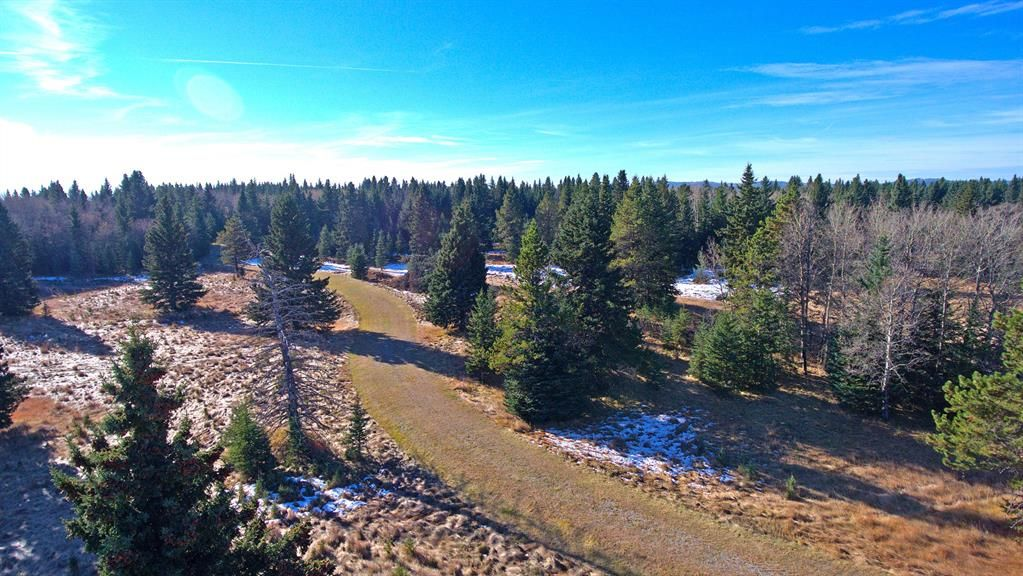 Main Photo: 20.02 Acres +/- NW of Cochrane in Rural Rocky View County: Rural Rocky View MD Land for sale : MLS®# A1065950