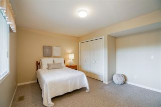 """Photo 30: 11 4001 OLD CLAYBURN Road in Abbotsford: Abbotsford East Townhouse for sale in """"Cedar Springs"""" : MLS®# R2575947"""