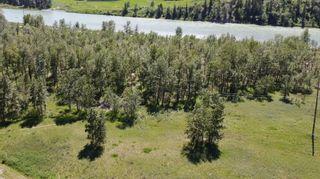 Photo 2: 143 Douglasbank Drive SE in Calgary: Douglasdale/Glen Detached for sale : MLS®# A1137861