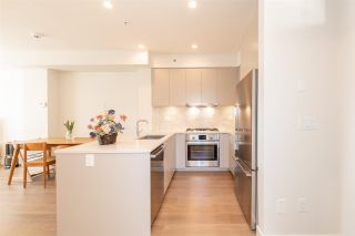 "Photo 10: 7801 OAK Street in Vancouver: Marpole Townhouse for sale in ""OAK + PARK"" (Vancouver West)  : MLS®# R2561289"