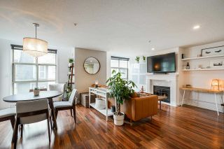 """Photo 1: 19 2378 RINDALL Avenue in Port Coquitlam: Central Pt Coquitlam Condo for sale in """"Brittany Park"""" : MLS®# R2585064"""