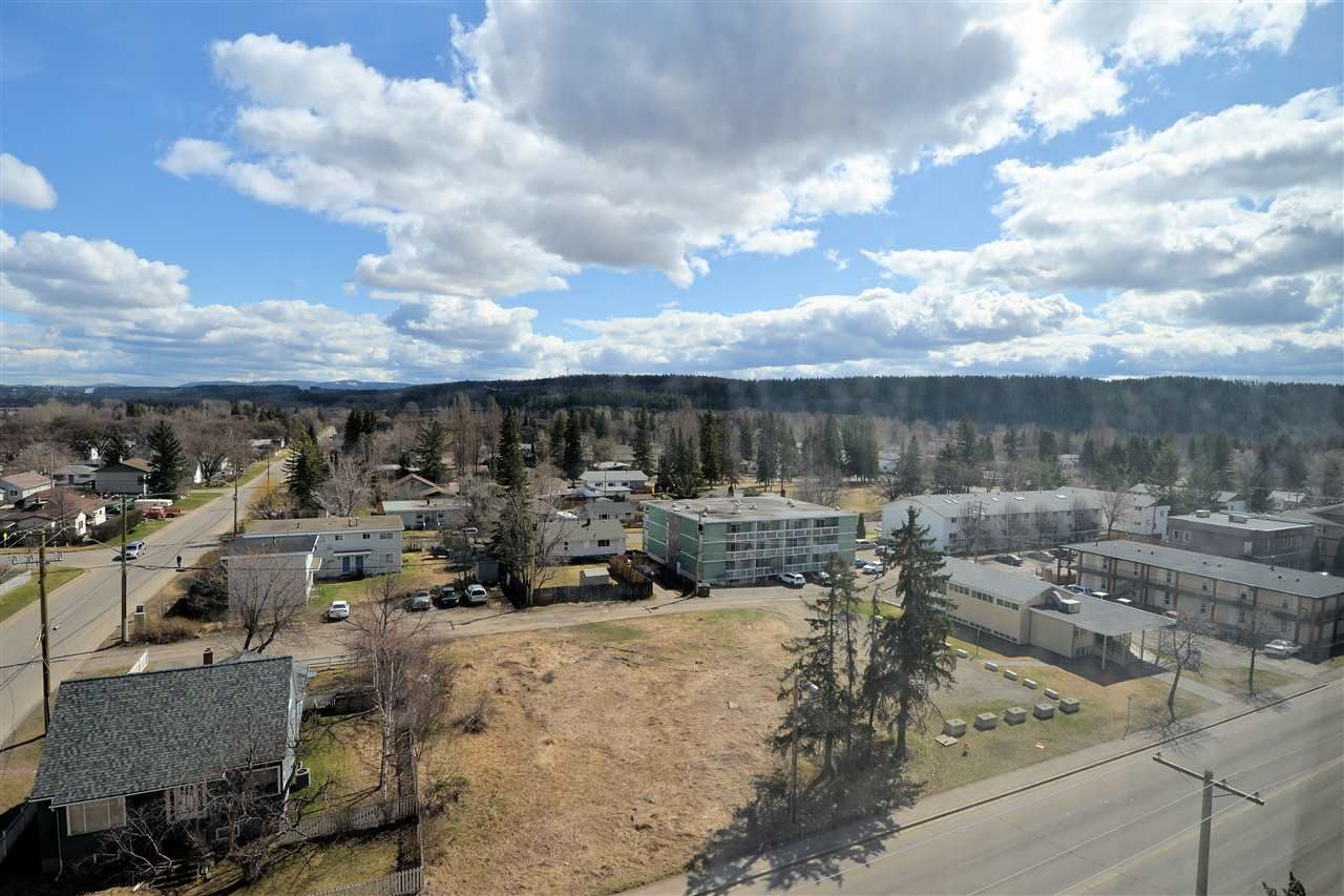 """Photo 9: Photos: 905 1501 QUEENSWAY Street in Prince George: Connaught Condo for sale in """"CONNAUGHT HILL RESIDENCES"""" (PG City Central (Zone 72))  : MLS®# R2526109"""