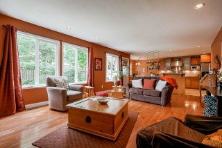 """Photo 6: 7319 146A Street in Surrey: East Newton House for sale in """"Chimney Heights"""" : MLS®# R2491156"""