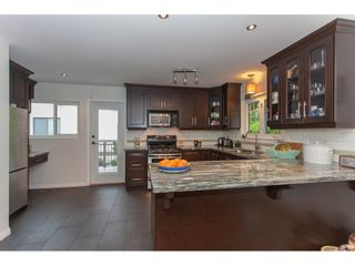 """Photo 5: 12659 25TH Avenue in Surrey: Crescent Bch Ocean Pk. House for sale in """"CRESCENT HEIGHTS"""" (South Surrey White Rock)  : MLS®# R2164824"""